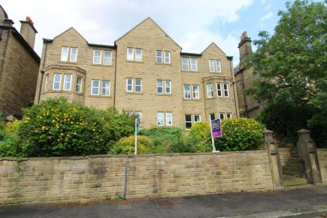 Park Drive, Greenhead Park, Huddersfield, HD1. 2 bedroom apartment for sale