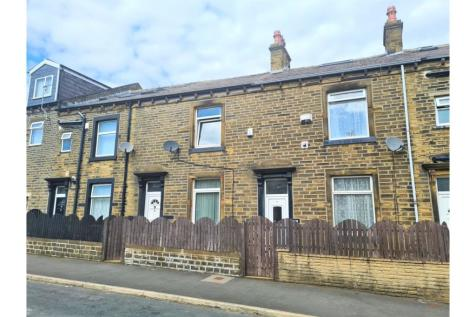 Newstead Place, Halifax, HX1. 3 bedroom terraced house for sale