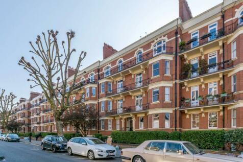 Elgin Avenue, Maida Vale, London, W9. 4 bedroom flat