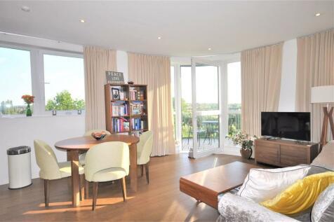 Maltby House, Kidbrooke Village, SE3. 2 bedroom apartment