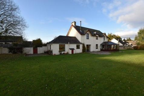 Kinclaven Road, Murthly, PH1. 4 bedroom detached house