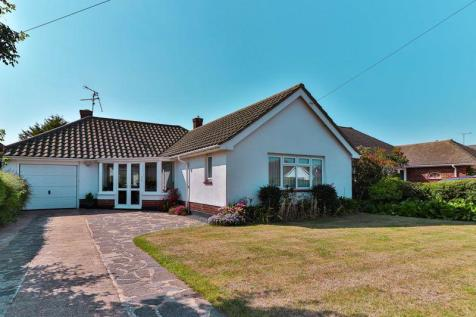 Dungannon Drive, Southend-On-Sea. 2 bedroom detached bungalow for sale