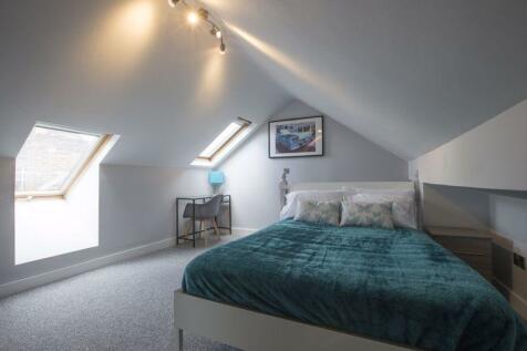 Theobald Street, Swindon. 5 bedroom terraced house for sale