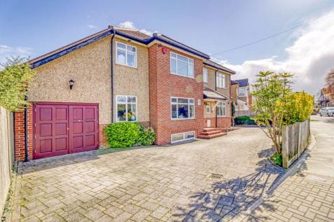 Park Crescent, Harrow, HA3. 5 bedroom detached house