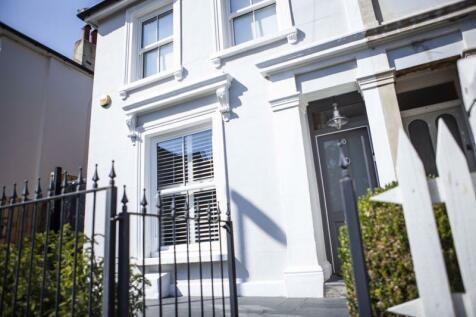 Kelvin Grove, London. 3 bedroom semi-detached house for sale