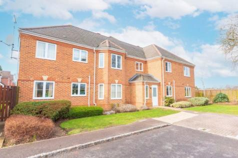 EARLEY. 2 bedroom flat