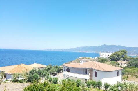 Magomadas, Nuoro, Sardinia. 6 bedroom villa for sale