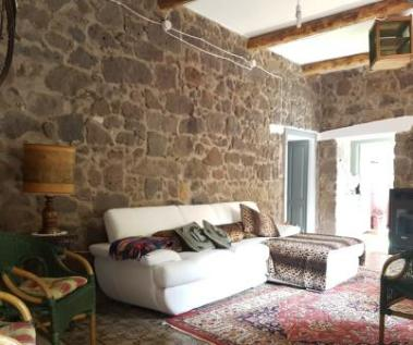 Suni, Nuoro, Sardinia. 4 bedroom town house for sale
