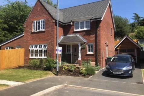 Coed Y Felin, New Inn, Pontypool. 5 bedroom detached house