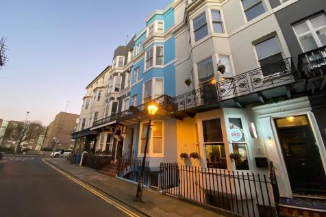 Charlotte Street, Brighton, East Sussex, BN2 1AG. Studio flat