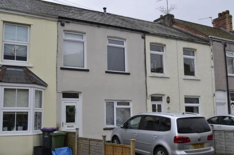 High Street, Griffithstown. 2 bedroom terraced house