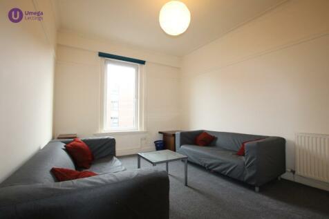 Gorgie Road, Gorgie, Edinburgh, EH11. 4 bedroom flat