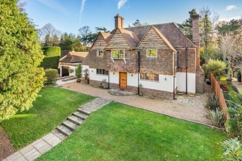 West Byfleet, Surrey, KT14. 6 bedroom detached house for sale
