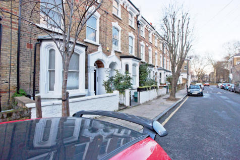 Crossley Street, London, N7. 1 bedroom flat