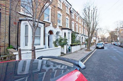 Crossley Street, London, N7. 1 bedroom flat