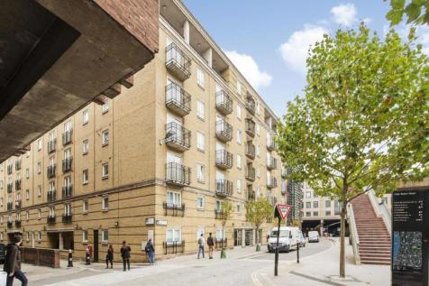 High Timber Street, City, EC4V 3PN, London - Flat / 2 bedroom flat for sale / £725,000