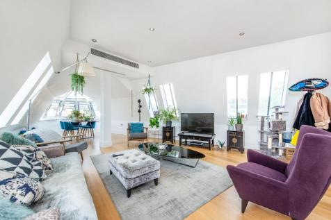 Albemarle Way, Clerkenwell. 3 bedroom flat