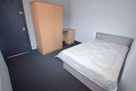 Carlton Road, Shelton, ST4. 3 bedroom house share