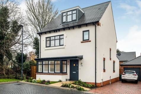 Anvil Avenue, Watford. 4 bedroom detached house for sale