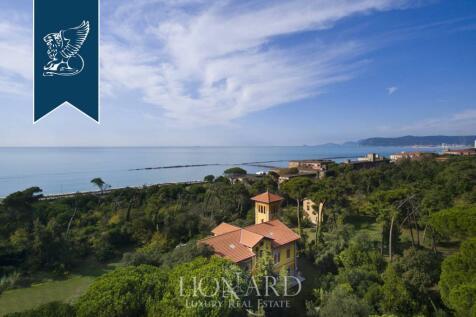 Tuscany, Lunigiana, Massa, Italy property