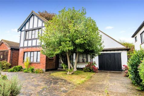 Wyatts Drive, Thorpe Bay, SS1. 3 bedroom detached house for sale