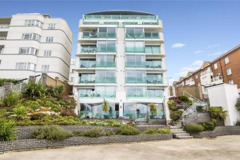 Crowstone Court, 50 Holland Road, Westcliff-on-Sea, Essex, SS0. 3 bedroom penthouse