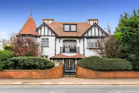 Thorpe Hall Avenue, Thorpe Bay, SS1. 6 bedroom detached house for sale