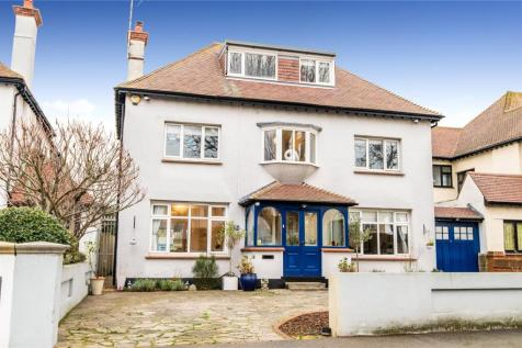 Burges Road, Thorpe Bay, SS1. 4 bedroom detached house for sale