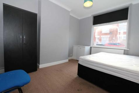 Room 1, Browning Street - 4 bedroom student home fully furnished, WIFI & bills included - NO FEES. 1 bedroom house share