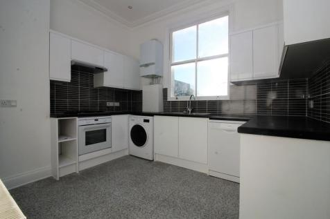 Thane Villas, London. 3 bedroom apartment
