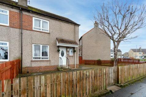146 Whatriggs Road, Kilmarnock, KA1 3SZ. 2 bedroom semi-detached villa for sale