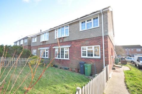 St. Andrews Way Freshwater PO40. 2 bedroom apartment
