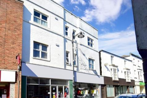 29 Bedworth Place Ryde PO33. 2 bedroom flat