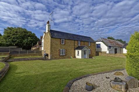 Pavyotts Lane, East Coker, Yeovil, Somerset, BA22. 8 bedroom house for sale