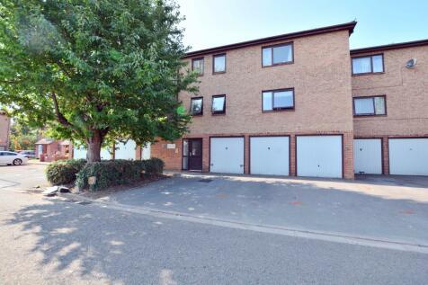 Waterside, Cowley. 2 bedroom apartment