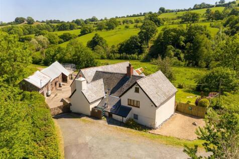 Llanrhaeadr Ym Mochnant, Oswestry, Powys. 4 bedroom detached house