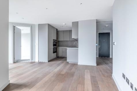 Upper Riverside, 10 Cutter Lane, Greenwich Peninsula, SE10 0XX. 3 bedroom apartment for sale