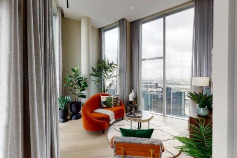 Upper Riverside, 10 Cutter Lane, Greenwich Peninsula, SE10 0XX. 2 bedroom apartment for sale