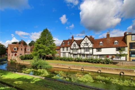 Westgate Grove, Canterbury, Kent, CT2. 6 bedroom terraced house