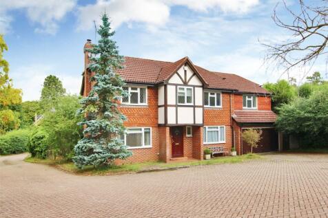Charterhouse Drive, Sevenoaks, Kent, TN13. 4 bedroom detached house