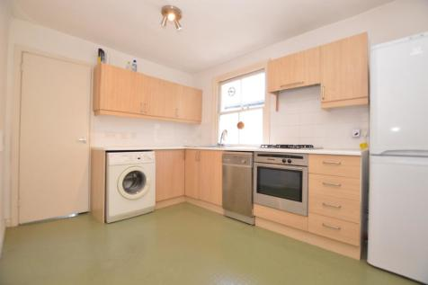 Gairloch Road London SE5. 1 bedroom flat