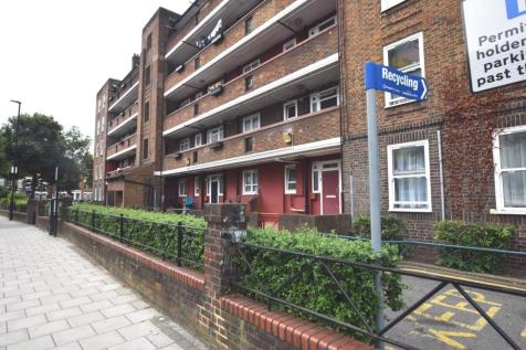 Lilford Road Camberwell SE5. 3 bedroom flat