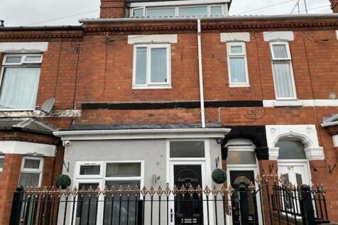 King Edward Road, Coventry, West Midlands, CV1. 6 bedroom house of multiple occupation for sale