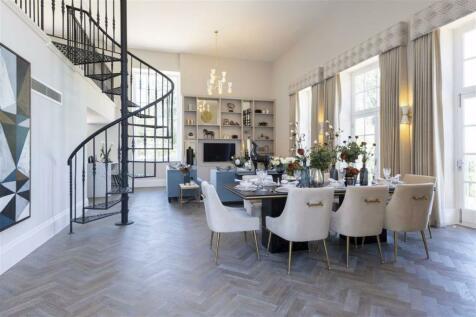 Rosary Manor, The Ridgeway, Mill Hill, London. 2 bedroom apartment