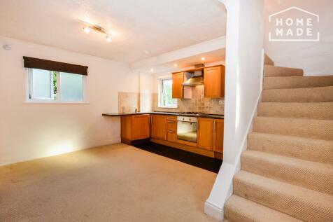 Westwood Hill, Syndenham, SE26. 1 bedroom flat
