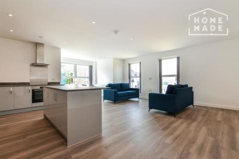 Trinity Walk, Woolwich, SE18. 3 bedroom apartment