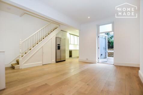 Hazlitt Road, West Kensington, W14. 2 bedroom ground floor flat