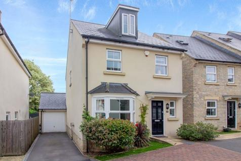 Newland Gardens, Frome. 4 bedroom detached house for sale