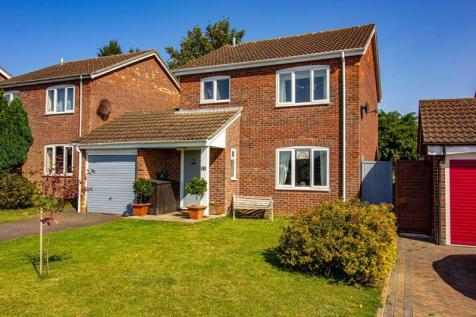 Farmhouse Drive, Frome. 4 bedroom detached house