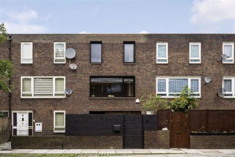 Patriot Square, Bethnal Green. 3 bedroom terraced house for sale